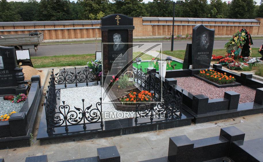 Как сделать надгробие у могилы