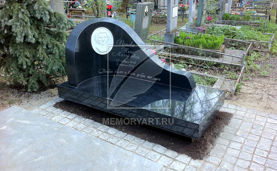 Недорогие памятники фото 9 кв изготовление памятников минск ижевск