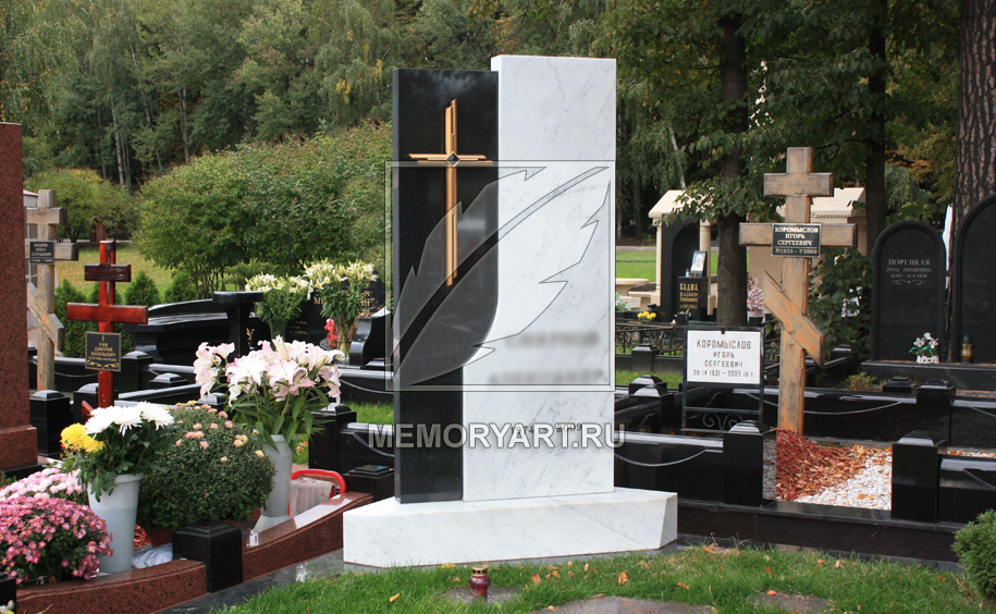 Памятники на могилу образцы фото